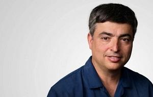Старший вице-президент компании Apple по программному обеспечению