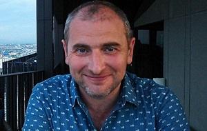 Основатель и лидер группировки хакеров «Шалтай-Болтай», Кличка Льюис