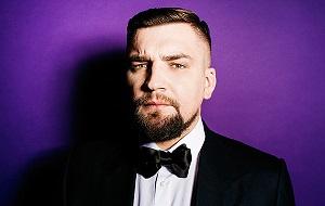 Российский музыкант (исполнитель рэпа и других жанров, битмейкер, композитор), телерадиоведущий, актёр, сценарист, режиссёр и продюсер. С 2007 года — совладелец лейбла «Gazgolder»