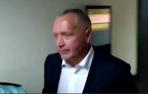 Генерал ФСБ , бывший вице-президент «Роснефти» и руководитель службы безопасности нефтяной компании, претендент на пост заместителя главы службы экономической безопасности (СЭБ) ФСБ
