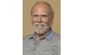 Американский физик-экспериментатор, лауреат Нобелевской премии в области физики (2017). Почётный профессор в Калифорнийском технологическом институте