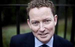 Британский политик, член Консервативной партии, пожизненный пэр с 2015 года. Председатель совета директоров компании En+ Group.