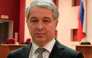 Североосетинский политик, Бывший глава администрации местного самоуправления города Владикавказ.