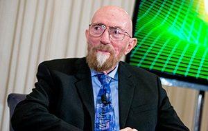 Американский физик и астроном, один из главных мировых экспертов по общей теории относительности