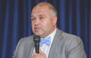 Белорусский бизнесмен, председатель наблюдательного совета парфюмерно-косметической фабрики «Сонца» (производителя бытовой химии), глава компании Zvezda Capital.