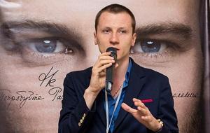 Харьковский Бизнесмен, Основатель ИТ-компании «Turboseo» и руководит фирмой по пошиву одежды.
