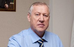 Российский политический деятель, управленец, глава города Магнитогорска (2010—2014), действующий глава администрации Челябинска (с 26 декабря 2014 года) и глава того же города (с 28 июля 2015 года). Кандидат технических наук.