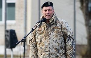Командующий Национальными вооружёнными силами Латвии с 2017 года, генерал-майор (2016). Награждён орденом Виестура (2008)