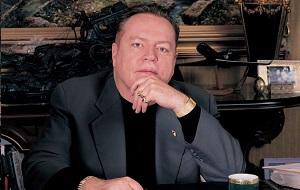 Американский издатель и глава фирмы «Larry Flynt Publications» (LFP)