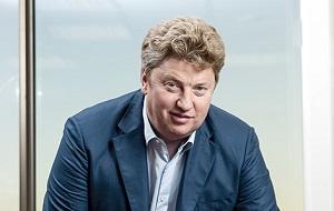 Российский миллиардер, основатель сети товаров для дома «Старик Хоттабыч», Бывший совладелец гипермаркетов OBI