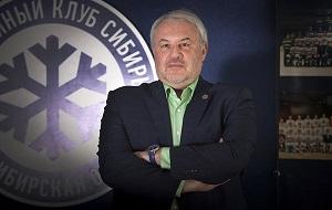 Российский хоккейный функционер. В настоящее время является генеральным менеджером новосибирской «Сибири», выступающей в КХЛ