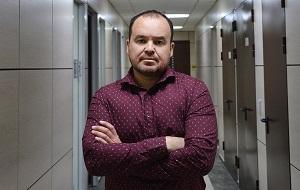 Глава юридического департамента «Руси сидящей»