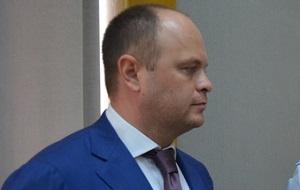 Руководитель юридического отдела компании «Роснефть». Бывший руководитель следственного управления СКР по Центральному округу Москвы. (арестован по делу о взятке от вора в законе Шакро Молодого)