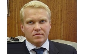 Один из криминальных авторитетов Нижнего Новгорода, вор в законе, известен также как «Вадик Белый»