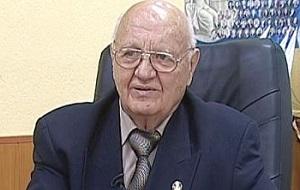 Советский и российский хозяйственный деятель, начальник Балтийского морского пароходства в 1982—1993 годах.