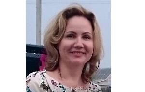 Домохозяйка, Бывший врач-фтизиопульмонологом, Учредитель компании ООО «Читапромторг»