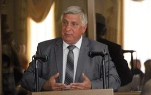 Депутат Государственной думы РФ (2003-2007; 2007), бывший представитель от Белгородской областной Думы в Совете Федерации СФ (2001-2003), бывший мэр города Белгорода