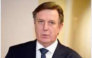 Латвийский государственный деятель. Премьер-министр Латвии с 11 февраля 2016 года