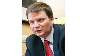 Российский предприниматель, основатель группы компаний Genser, занимающейся розничной продажей иномарок