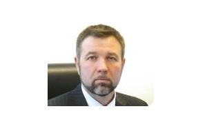 Совладелец «Гермес», Бывший Генеральный директор«Ви Холдинг»
