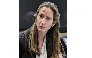 Первая в истории в женщина — заместитель директора ЦРУ (2013—2015) и заместитель советника президента США по национальной безопасности (2015—2017)
