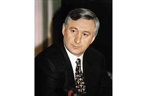 Российский государственный деятель, первый Заместитель Председателя Правительства Российской Федерации в 1999—2000, министр путей сообщения в 1997—2002 годах (с перерывом в мае-сентябре 1999)