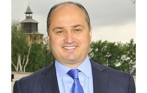 Бизнесмен, политический и общественный деятель, с 3 декабря 2010 года по 22 июля 2015 года — первый глава администрации Нижнего Новгорода. С 14 июля 2017 года — генеральный директор телекомпании «Волга»