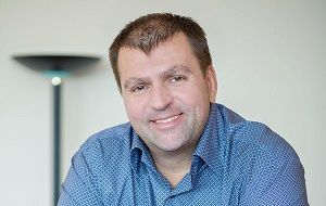 Вице-президент, управляющий директор АО «ЛАНИТ»