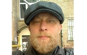 Бывший доброволец АТО, является исполнителем инсценированного СБУ покушения на российского журналиста Аркадия Бабченко