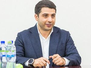 Эдуард Давыдов - Российский менеджер, генеральный директор АО «Башкирская содовая компания» и АО «Березниковский содовый завод».