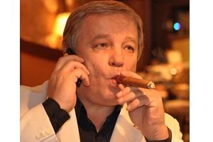Дмитрий Лесной - Известный эксперт в области игры, теоретик и практик, родоначальник интернет-преферанса